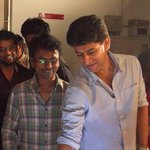 RT @KollywudCinema: #KATHTHIRewritesHistory #Fastest100crorescomingsoon Behind the screen Stills 01 #IlayaThalapathy #Vijay @ARMurugadoss h…
