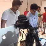 RT @KollywudCinema: #KATHTHIRewritesHistory #Fastest100crorescomingsoon Behind the screen Stills 03 #IlayaThalapathy #Vijay @ARMurugadoss http://t.co/Npo4KoJvjC
