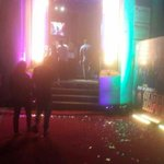 RT @SRKUniverse: Here are some more pictures of our HNY premiere in tie up with Schwack Cinemas @Cinema_mv #SRKRulesHeartsWithHNY http://t.co/S88rjuDRDW