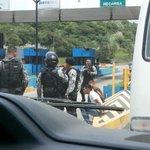 Via; @itzagj1277: Tranque en Corredor Norte. 3 detenidos en un taxi. http://t.co/qvCrrQxqHf #panama #traficocpanama