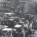 RT @SecretosdeMadri: Hoy no cabe ni un alfiler en la Puerta del Sol ¿será por ser viernes? (Foto de 1917) #madrid http://t.co/dNBl7pVr2U
