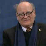 RT @24h_tve: #Más24 Quino recibe el premio Príncipe de Asturias de la Comunicación y Humanidades http://t.co/7RaLml45El http://t.co/S1TAuAV73s