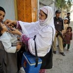 RT @melindagates: Farah risks her life to provide children in Pakistan with polio vaccines: http://t.co/5gA6xuYhOC #EndPolio http://t.co/09CvSj6yQY
