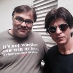 RT @iamkunalmshah: So #HNY is breaking all records and i am getting to meet @iamsrk #HNYPower all the way http://t.co/PRGlVEd5dK
