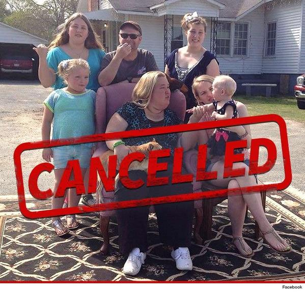 """TLC CANCELS """"Here Comes Honey Boo Boo"""" after Mama June starts dating child molester"""