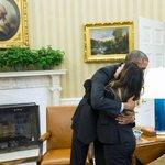 RT @CBSEveningNews: PHOTO: Dallas nurse and Ebola survivor Nina Pham meets President Obama in the Oval Office. http://t.co/ATWYVYHcrh