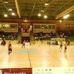 Viendo el Segovia Futsal vs Zamora FS @SegoviaFutsal http://t.co/jVh9Z6EpR7