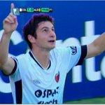RT @unosantafe: #Colón le ganó a Aldosivi 2 a 0 en el Brigadier López y alcanzó la punta en su zona. GOLES http://t.co/jeuHPYfwaL http://t.co/YuBqSdIZ8v