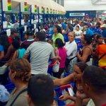 RT @Yusnaby: #MaduroEnLaBatallaEconomica para convertir a #Venezuela en la próxima #Cuba. (Cola para detergente Pto Ordaz) http://t.co/iS5ssGgkiH