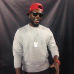 RT @Bearcats_FB: .@reds 2B @DatDudeBP is the house tonight for some #Bearcats football! http://t.co/X1XGooXXGC