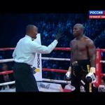RT @lenta_super: Карлос Такам падает в конце 9-го раунда после серии отличных ударов Саши Поветкина! Такам смог подняться http://t.co/v9kRm990mA