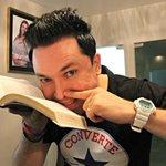 RT @Mari_Graciolli: Ai jesus RT @g1: Faltam referências aos jovens, diz pastor que cheira a Bíblia http://t.co/8EKQiAhrpZ #G1 http://t.co/ORFey67Pny