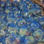 صور لتجهيز ٥٠ سلة غذائية تمّ توزيعها للأسر المحتاجة في #غزة - #خانيونس سننشر صور التوزيع قريبا بارك الله بالمتبرعين http://t.co/eHo49ALPeu