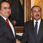 RT @Javier_Duarte: Me reuní con el Presidente de Rep. Dominicana, quien confirmó su asistencia a la Cumbre Iberoamericana de #Veracruz. http://t.co/LEdNIiWanw