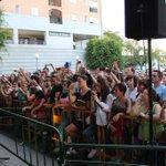 RT @elbarrioficial: Más de 1.000 personas arropándonos una vez más en las firmas de #HijoDelLevante. Gracias Huelva http://t.co/aiXc4tfkre