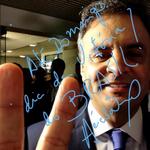 """""""@AecioBlog: Vamos acompanhar Aécio Neves, a partir das 22h10, no debate na Globo. #VotoAecioPeloBR45IL http://t.co/FuanNMfv7x"""""""