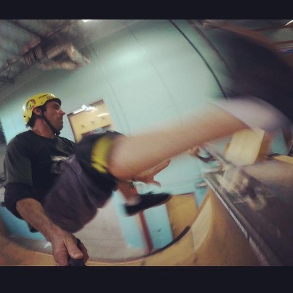 I almost kicked my own camera on this nollie heal varial. #gopro #hero4 doing quite well in low light. #sharethes... http://t.co/3PArhTCA3M