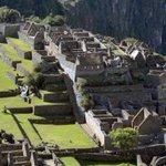 FOTO: Hallan una rara piedra inca con 13 ángulos que supera a la de Cusco http://t.co/ug3SUTl8a3 http://t.co/Rfw0Xnd1ep