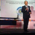 """RT @PaolaHolguin: """"El líder tiene que asumir las dificultades y delegar los éxitos"""" @AlvaroUribeVel http://t.co/ssxPP5bnlV"""