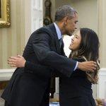 RT @CNN: .@BarackObama gave Nina Pham a big hug in the Oval Office after she was declared #Ebola-free. http://t.co/vzqnDrkhb8 http://t.co/OMSIG55Ejl
