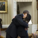 RT @AFP: US President Barack Obama hugs Nina Pham, who was declared Ebola-free, at the White House. #Photo by @saulloeb http://t.co/DCIhMfRwmP