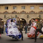 (FOTOS) Hermoso pasacalles de Mundial de Folklore maravilló a #LaSerena http://t.co/tO7tkwpKNM #Coquimbo #Chile http://t.co/QQrLoHqCL4