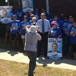 RT @MelindaHowells: Looking pretty confident... @Peterdowling_MP and supporters at pre-selection vote #qldpol http://t.co/WzeQ856Ui4