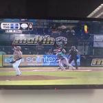 Hora de béisbol... @OficialTigres recibe a @labarrabrava y usted lo disfruta #EnVivo por @TeleAragua y @99Punto5 http://t.co/q3oRvC0BWO
