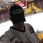 RT @vonner22: Time for a little #cawlidgehawkey at Mariucci. #PrideOnIce @Buccigross http://t.co/V27q45S3nB