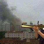 RT @DilmaRousselff: quem que é terrorista Aécio? http://t.co/h8gIO6mliw