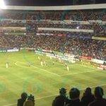 Ya se juega en La Corregidora! Gallos presenta un uniforme negro con rosa. http://t.co/wQqG5xEr7A