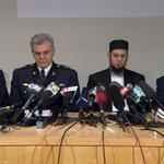 RT @CBCNews: Michael Zehaf-Bibeau was asked to leave Burnaby, B.C., mosque http://t.co/jbqJviVno4 http://t.co/zbzeeQ5RaZ