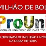 Para Aécio Dilma não fez nada pela educação. Dá para entender, para ele pobre não é ninguém... #SomosTodosDilma http://t.co/9Umx2rMjfF