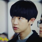 RT @puppy921127: 141025 김포공항 #찬열 #chanyeol ㅎㅅㅎ?..... http://t.co/dwT0bWRnNk