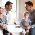RT @lorebosch: Yo creo que el público no tiene ningún problema con que esos niños tengan dos papás http://t.co/FhpadGFrgs