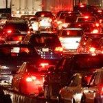 RT @ElNuevoDia: ¿Piensas salir esta noche? Sepa que 2 choques ataponan el área metropolitana - http://t.co/ba71d21OwF http://t.co/OH4im9TqOO