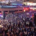 RT @shabbirKSHB: This is why @royals fans are the best in the land. @KCPLDistrict #TakeTheCrown #GoRoyals #WorldSeriesGame3 http://t.co/hQRWadU1E9