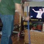 Mientras mi señora ve #RickyMartinEnEl13 , yo seco el piso para que los niños no se vayan a resbalar http://t.co/uI0oAiVcce