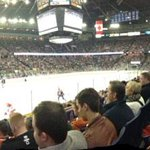 RT @YOUCANEdmonton: .@EdmontonOilers @kidsupfront_edm great game. Lots of action. And Club Access. Youth couldnt ask for a better Friday http://t.co/KAzqykEXjz