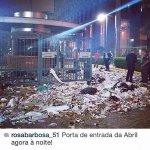 RT @PortalRBD: A ditadura já começou no país ... PETistas depredaram a Editora Abril ! #Aecio45PeloBrasil http://t.co/FLcdQoSDKu