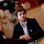 """RT @biobio: Giorgio Jackson acusa """"descoordinación completa"""" en el Gobierno por indicación sobre lucro http://t.co/ocu4kXSAta http://t.co/awRlyeMqdh"""