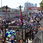 RT @v8supercars: 300km of racing...we are about to go green #GC600 #V8SC http://t.co/2ds2i1Hqhe