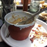 RT @MelbourneBitter: Yes, I am eating from a pot planter. #Melbourne http://t.co/oqioTYNpCT