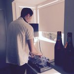 Few froths and a pre-game mix ahead of the #MelbDerby with @_Shawry. (y) #melbourneisblue http://t.co/RN4z1GzICk
