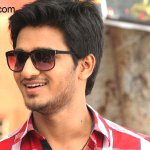 @Actor_Siddharth Happy With The Success Of '#Karthikeya'  Info --> http://t.co/Avo33sIkch http://t.co/60UCmhq5M5