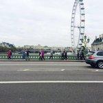 Shooting auf der Brücke. 🇬🇧😁 http://t.co/Mnd04ON3f4