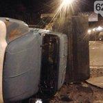 ДНР-овский танк протаранил грузовик в центре Донецка.ФОТО http://t.co/EKafL8amEB http://t.co/zXcWA9ODjK