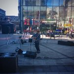 Matt Watson playing here for #Squareverb on this beautiful cold Autumn morning. Come and listen! #UEAOpenDay http://t.co/dGM6ljyMd8