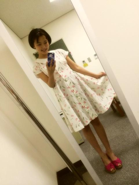 今日19:30からNHKドラマ 「妻たちの新幹線」です。  皆さんぜひ見てくださいね!! http://t.co/lTq99KOA9z