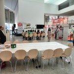 RT @gusrd78: En @FeriaMayoresBUR con los preparativos del taller de manualidades y el showcooking http://t.co/t7FnQ5VS3x
